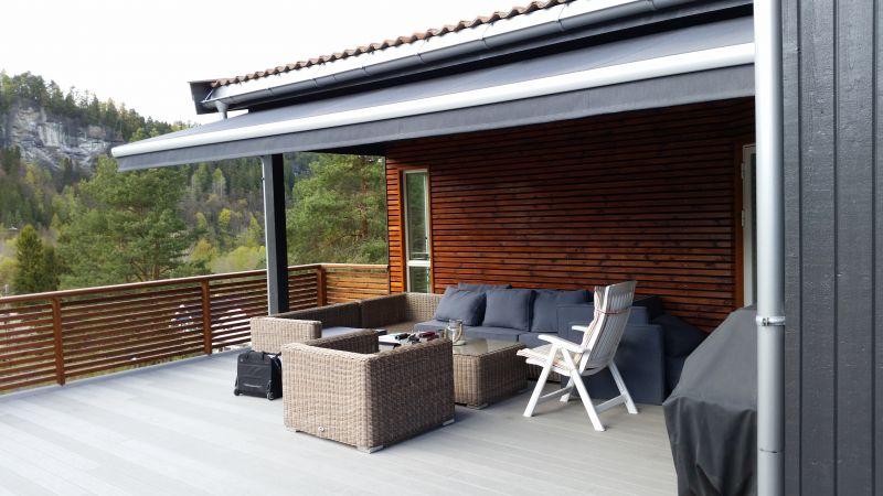 Klassisk terrassemarkise