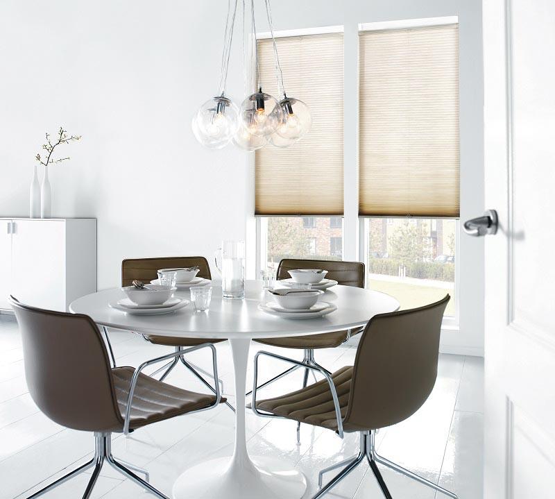 Velg design og mønster på Duette etter hva som passer interiøret ditt best.