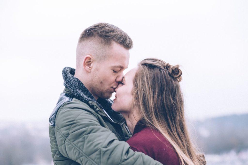 dating høy vedlikehold kvinne Kristus sentrert dating